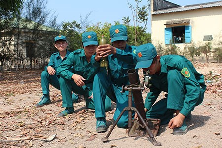 A training session of paramilitary force in Binh Thuan Province. Photo credit: Binh Thuan Online