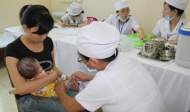 Vietnamese parents urged to get children immunized against measles, rubella