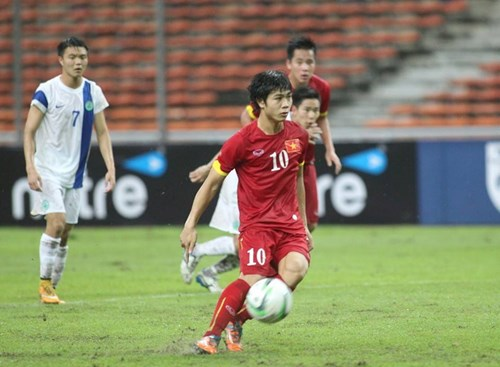 Vietnam crushes Macau 7-0 at AFC Championship qualifying