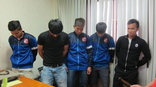 Five of six Dong Nai players being arrested for match-fixing accusations. Photo: Do Hai