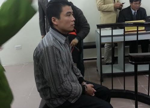Chu Ngoc Linh, former Hanoi police officer, at the trial on April 25. Photo: Ha An