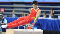 Dinh Phuong Thanh has won a gold medal in artistic gymnastics at the Southeast Asian Games on June 8. Photo: Ngoc Hanh