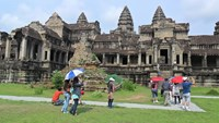 Tourists visiting Angkor Wat Temple in Cambodia. Photo: Doan Xuan Hai