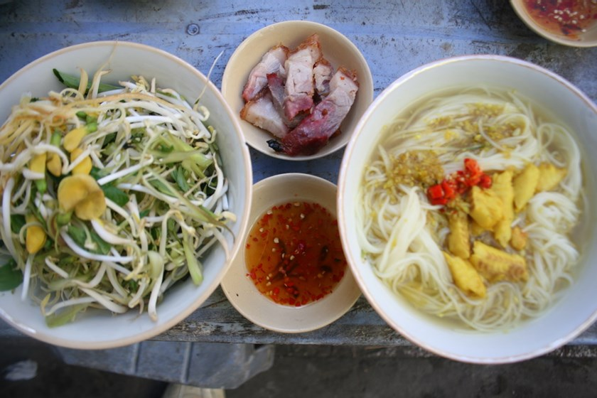 A bowl of bún cá Châu Đốc at an eatery near Chau Doc Market in the Mekong Delta Province of An Giang. Photo: Minh Hung
