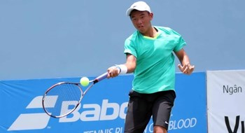 Ly Hoang Nam, 18, is the 1st Vietnamese to win a Grand Slam title in boy's double event last month in London. Photo: Doc Lap