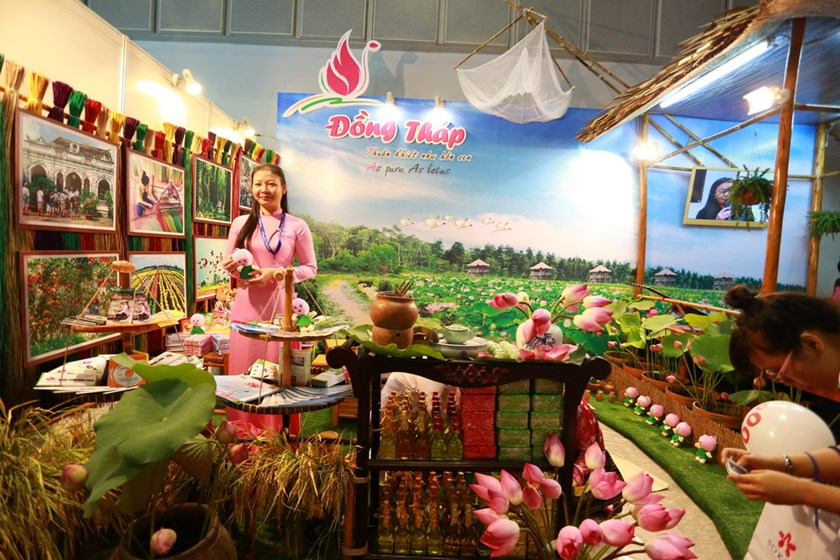 A booth that promotes the Mekong Delta province of Dong Thap at the 2014 International Travel Expo. Photo credit: ITE HCMC