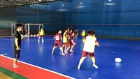 Vietnam crushes Malaysia 9-2 in women's futsal friendly match