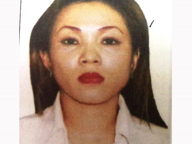Vo Thi Xuan Lan, 35, is being hunted internationally for allegedly colluding with foreigners to swindle Vietnamese women. Photo: Nguyen Tu