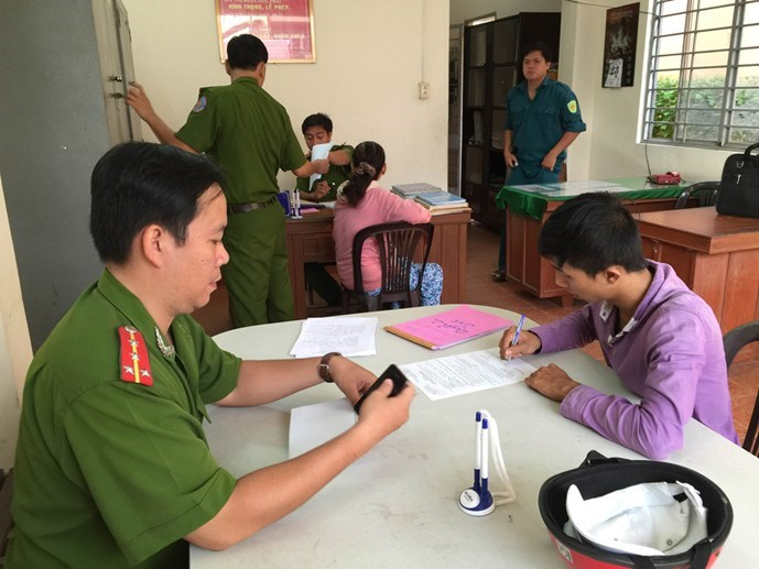 19-year-old Dang Khuong Duy at the police station. Photo: Khoa Chien