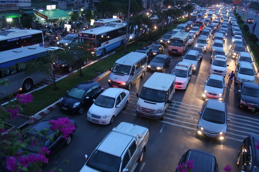 Traffic congestion on Ho Chi Minh City's Dien Bien Phu Street. Photo: Dao Ngoc Thach