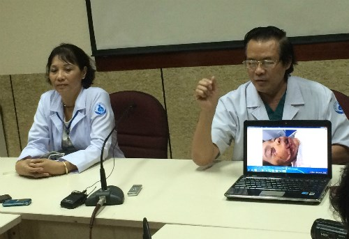 Doctors at Ho Chi Minh City Children's Hospital No.1 shares a photo of a girl who has been mauled by a pet dog. Photo credit: VnExpress