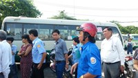 Bus drivers and owners went on strike at the Mien Tay Bus Station on November 4. Photo credit: Le Tuyet/Lao Dong