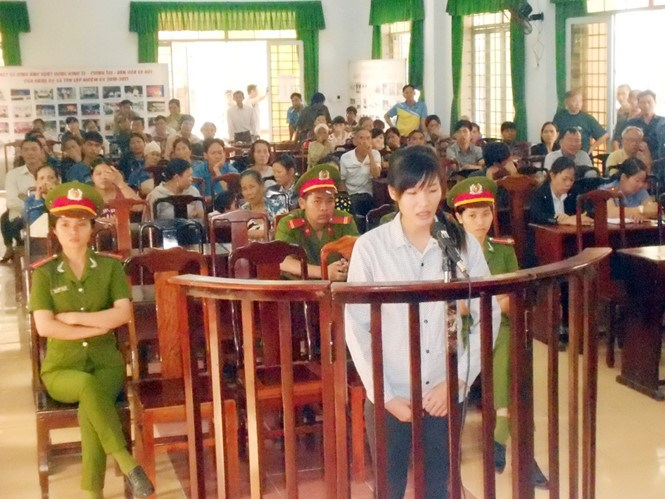 Trinh Thi Thao Quyen stands trial on January 22. Photo: Phuoc Hiep