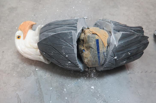 Major haul of cocaine at HCMC airport from inside decorative statues