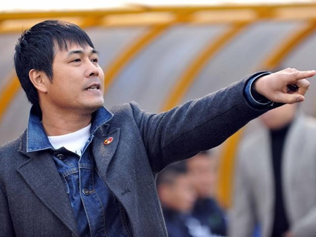 Song Lam Nghe An coach Nguyen Huu Thang is expected to sign a contract with the Vietnam Football Federation to coach the national men's football team. Photo: Ngo Nguyen