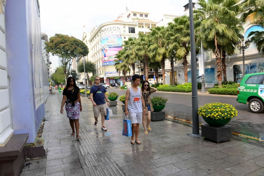 A granite sidewalk along Le Thanh Ton Street in Ho Chi Minh City's District 1. Photo: Diep Duc Minh