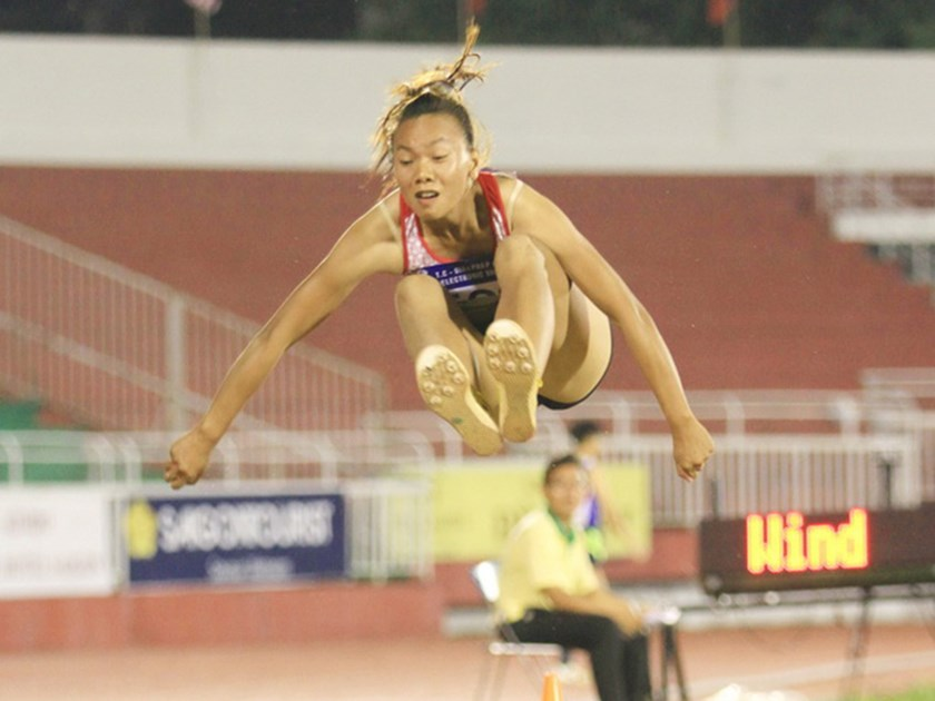 Nguyen Thi Truc Mai competes in long jump at the 2016 Asian Junior Athletics Championships in Ho Chi Minh City on June 3. Photo credit: Giang Hoang/Dan Tri