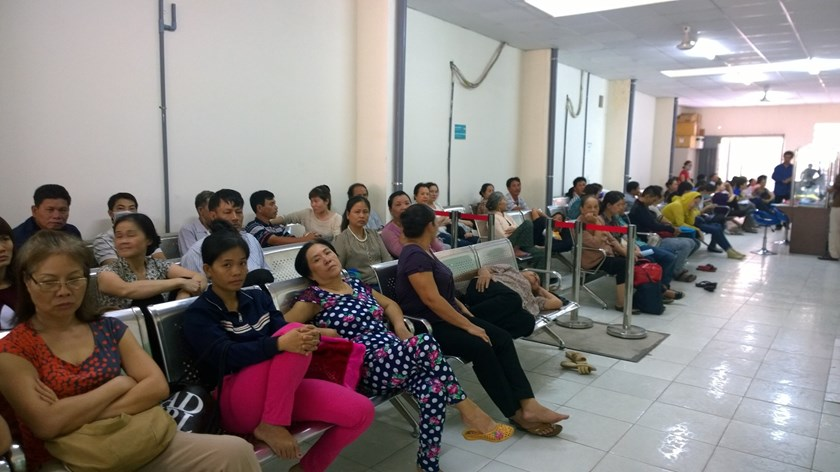Patients wait to be examined at Binh Dan Hospital in Ho Chi Minh City. Photo: Khanh An