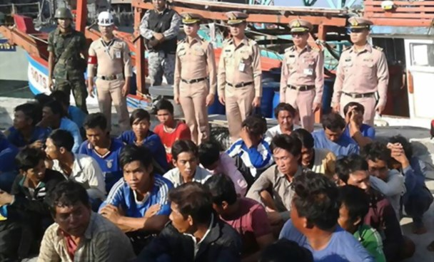 Vietnamese fishermen arrested by Thai Navy forces on March 25, 2016. Photo credit: Thai Navy