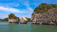 Thien Nga (Swan) Islet after the top part of its structure collapsed. Photo: Can Dinh Loan