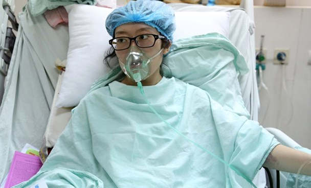 A file photo of Dau Thi Huyen Tram at the K Hospital in Hanoi. Photo: Minh Chien
