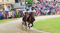 A horse race in Lao Cai Province. Photo: Kieu Duong