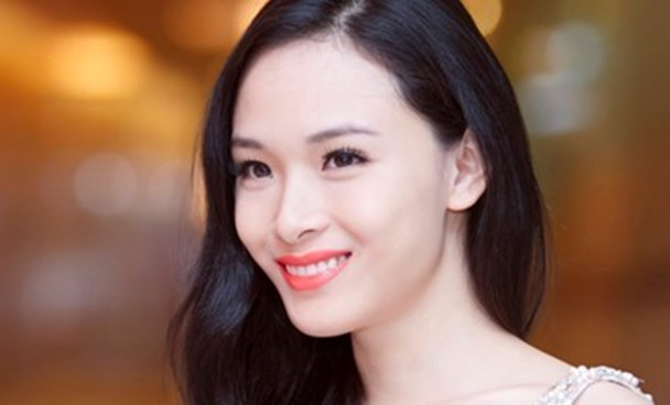Truong Ho Phuong Nga, 2007 Miss Vietnam in Russia, has been arrested for allegedly swindling a man out of $734,000 in HCMC. File photo