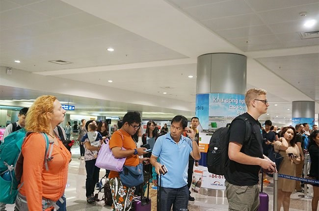 International visitors arriving at Ho Chi Minh City's Tan Son Nhat Airport. Photo credit: Dao Loan/The Saigon Times