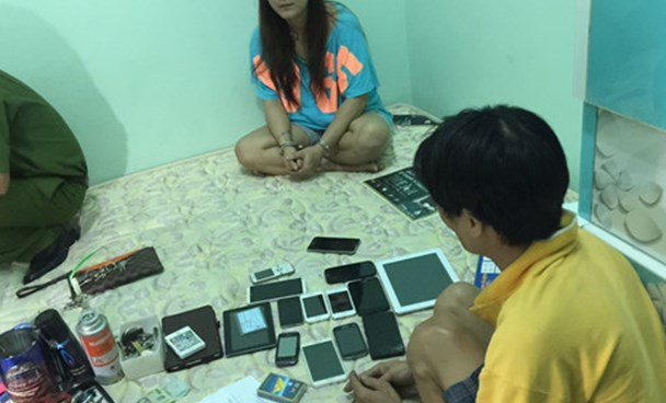 Two suspects arrested at their house in My Tho Town on September 7. Photo: Phuong Ha