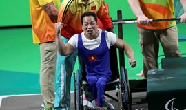Weightlifter wins historic 1st Paralympic medal for Vietnam