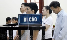 2 get death sentence for smuggling 7kg heroin into Vietnam