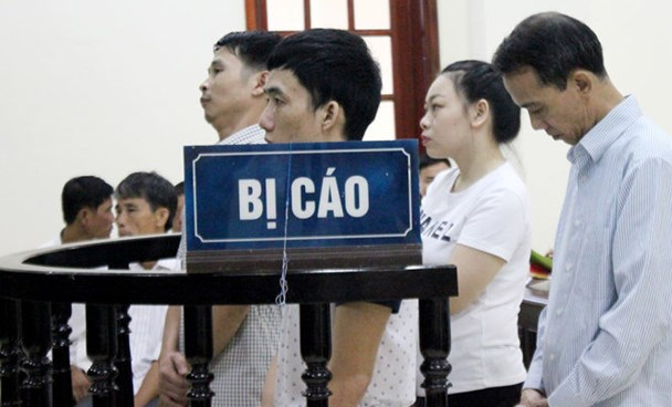 The defendants stand the trial in Nghe An on September 12. Photo credit: Tuoi Tre