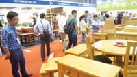A wood products fair held by the Handicraft and Wood Industry Association