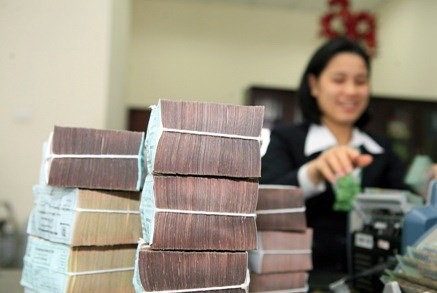 Vietnam central bank to force more weak banks into mergers, takeovers