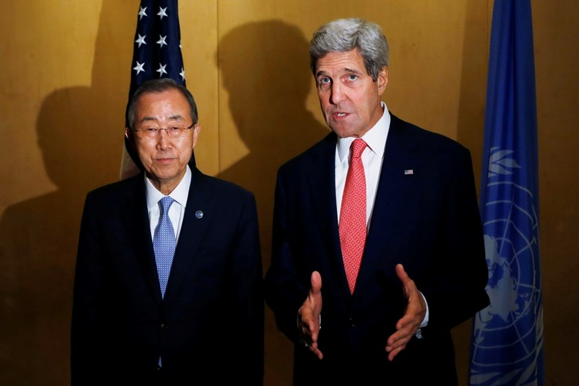 U.S. Secretary of State John Kerry  and U.N. Secretary General Ban Ki-Moon make statements to reporters in Cairo, July 21, 2014. Photo: Reuters