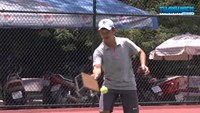 Playing tennis with special rackets