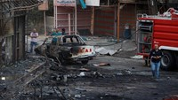 Car bombs kill 19, wound 43 in Baghdad