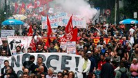 Clashes in Naples over ECB meeting