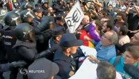 Anti-monarchy protest ends in scuffles in Spain