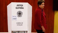 Rousseff votes in Brazil's election