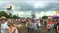Glastonbury 2015 sells out in under 30 minutes
