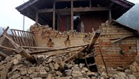 One killed in strong quake in China's remote southwest
