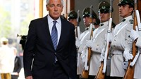 U.S. Defense Secretary Hagel: Fight to defeat Islamic State is long-term