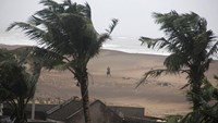 At least two dead from cyclone Hudhud