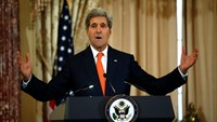 Kerry calls for 'all hands on deck' in Ebola fight