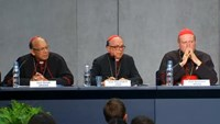 Catholic bishops drop moves to accept gays