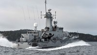 Sweden says reports of foreign submarine in its waters are credible