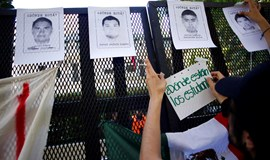 Mexico says mayor, wife were behind student-teacher disappearances