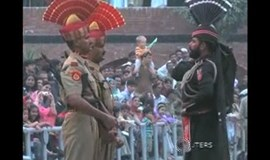 Suspended India and Pakistan border ceremony resumes