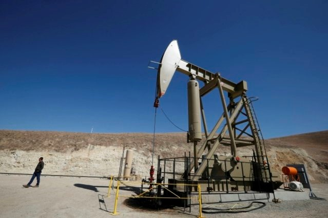 Gunmen storm Libya's El Sharara oilfield, shut down production
